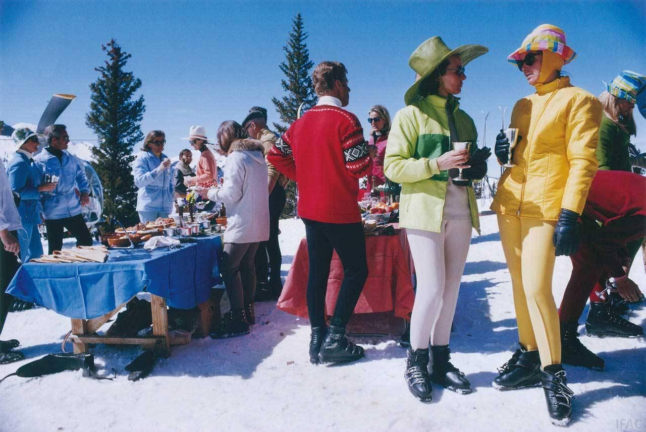 Slim Aarons Snowmass Gathering For Sale At 1stdibs