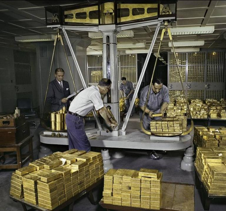 Ormond Gigli Gold Scales Federal Reserve Bank Of New