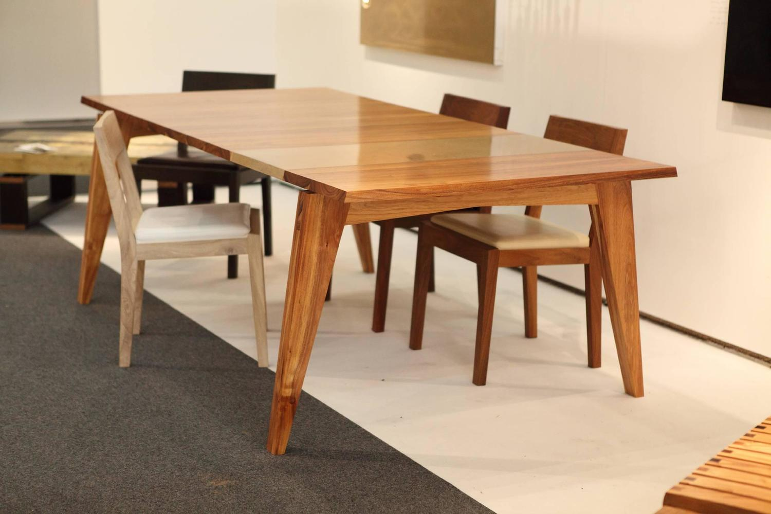 Formato PDF Acacia Dining Table Sale  Never Been Used Solid