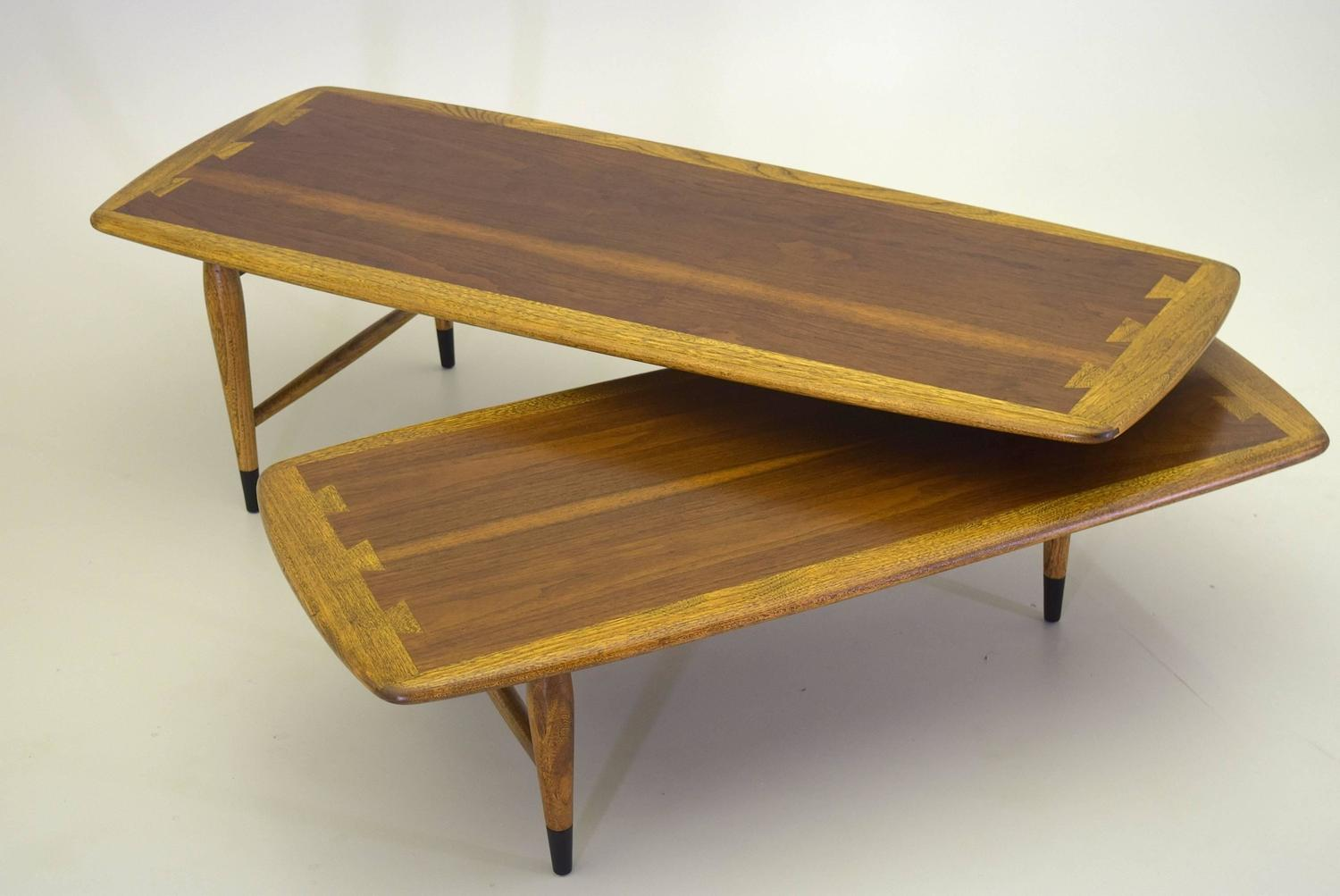 Lane Acclaim Switchblade Articulating Coffee Table In