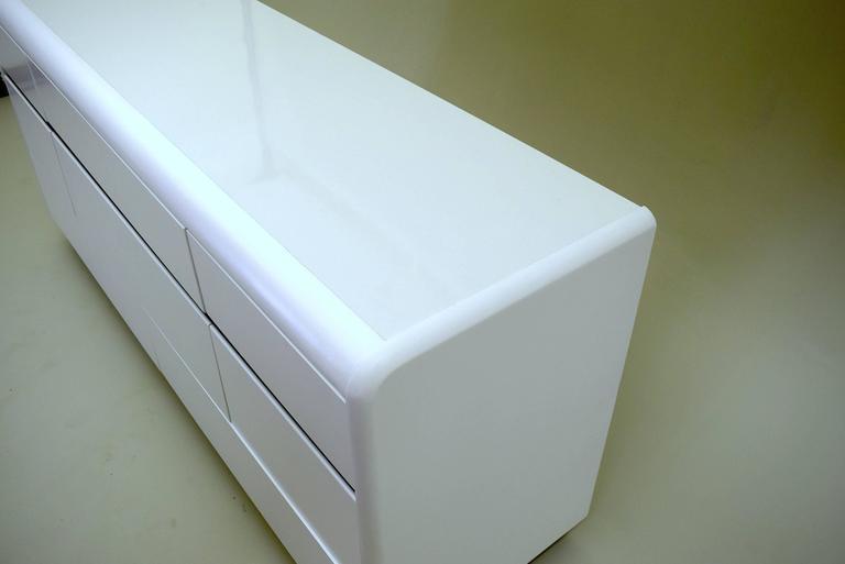 Modern White Chest Drawers