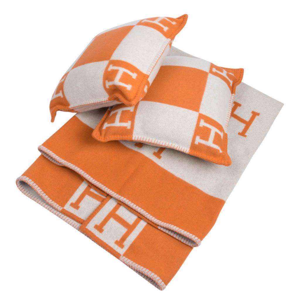 hermes cushion avalon i pm signature orange throw pillow cushion set of two new