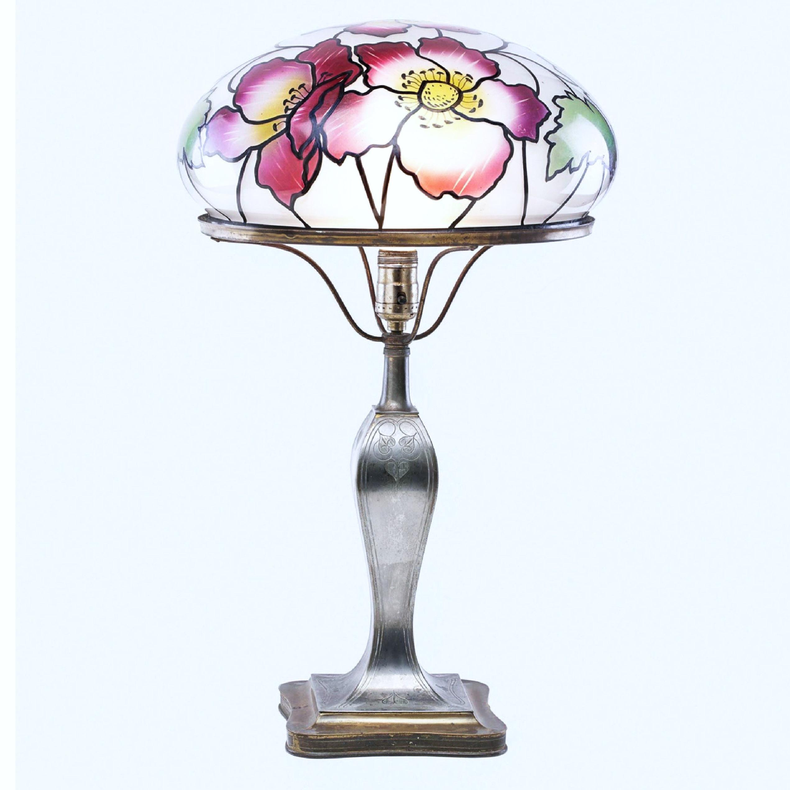 Pairpoint Glass Co Poppy Flower Stained Glass Table Lamp Vienna Shade 1920 For Sale At 1stdibs
