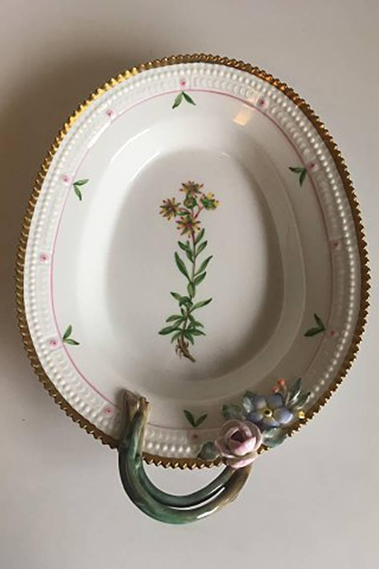 royal copenhagen flora danica oval assiette 735 3540 latin name saxifrago aizoides