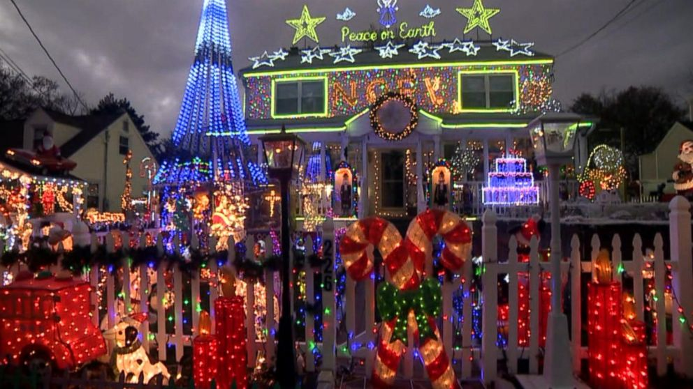 Familys Massive Christmas Lights Display Courts