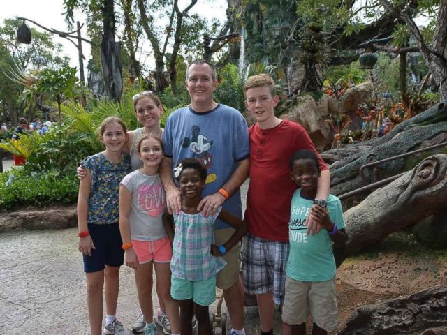 PHOTO: Missy Flint and family at World of Avatar.