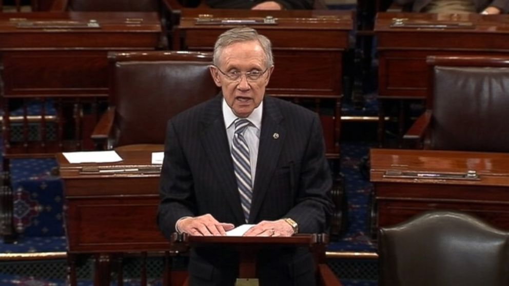 PHOTO: Senate Majority Leader Harry Reid, D-Nev., and Senate Minority Leader Mitch McConnell, R-Ky., announced completion of an agreement