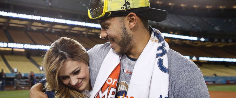 Astros Carlos Correa Proposes To Girlfriend At Dodger Stadium Moments After World Series Win