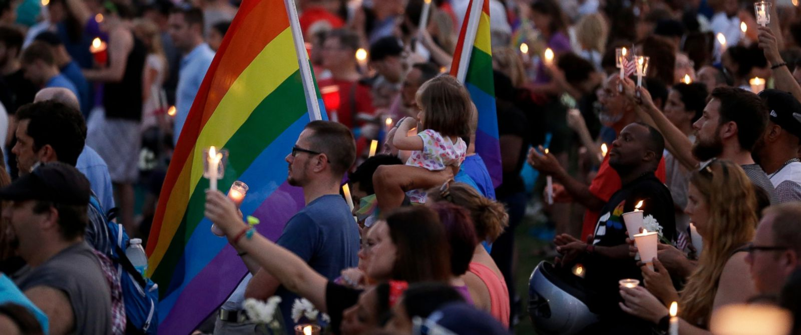 Orlando Strong Thousands Gather At Vigil For Slain Victims ABC News