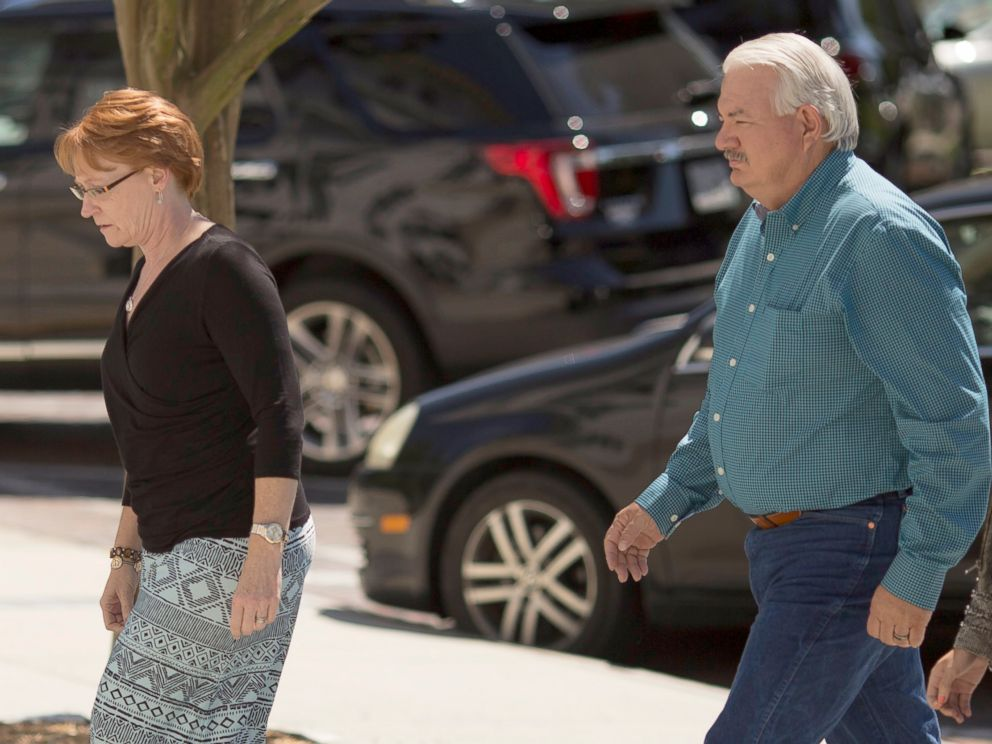 PHOTO: Billie Winner-Davis and her husband Gary Davis, parents of National Security Agency leaker Reality Leigh Winner, arrive at the US District Courthouse in Augusta, Georgia, June 8, 2017.
