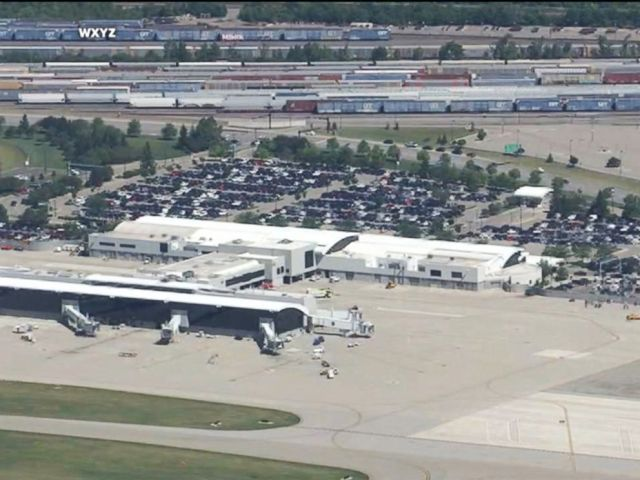 PHOTO: The Bishop International Airport in Flint, Michigan, was being evacuated this morning after an airport police officer was injured, the airport said.