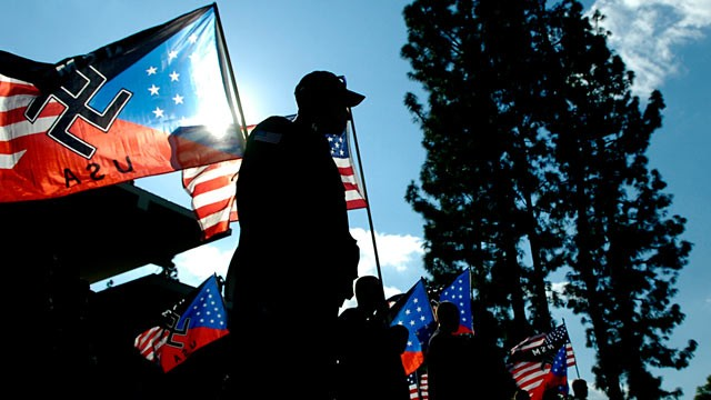 PHOTO: Neo-Nazi rally