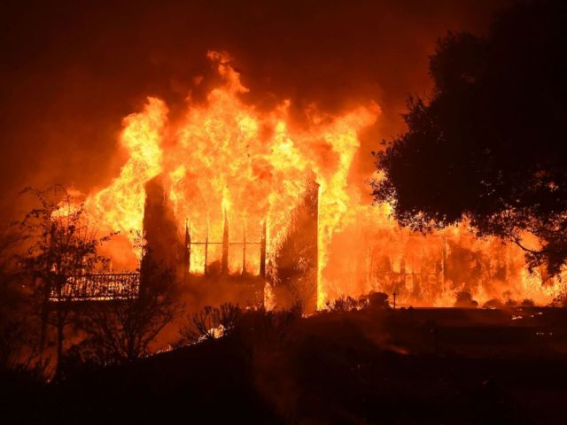 PHOTO: The main building at Paras Vineyards burns in the Mount Veeder area of Napa in California Oct. 10, 2017.