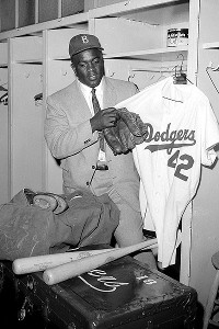 Jackie Robinson uniforme