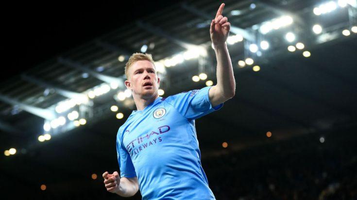 Kevin De Bruyne celebrates during Manchester City's Premier League match against West Ham.