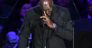 MJ to serve as Kobe's presenter at Naismith HOF