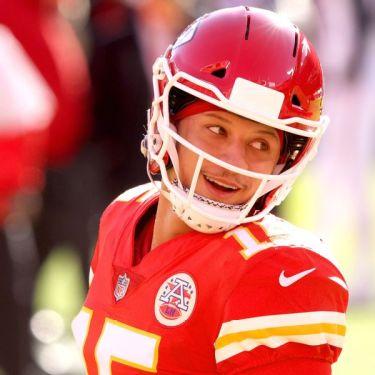Chiefs, Buccaneers open with highest win totals