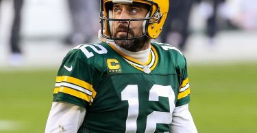 Sources: Rodgers doesn't want to return to Pack