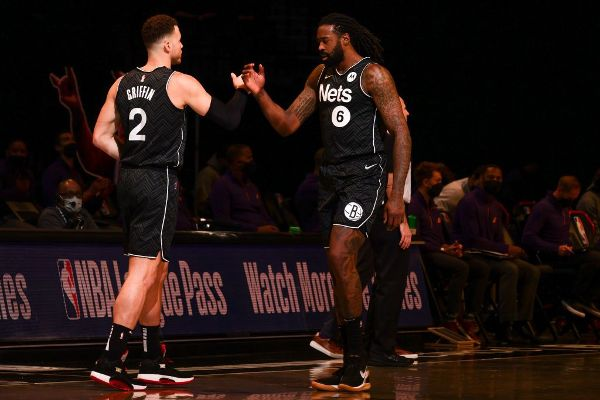 Nets clinch; 'Eyes on bigger things,' Nash says