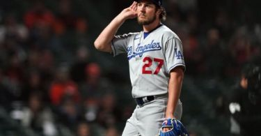 Bauer eggs on booing SF fans: 'It just feeds me'