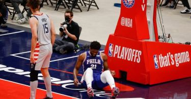Embiid ruled out with knee soreness after hard fall