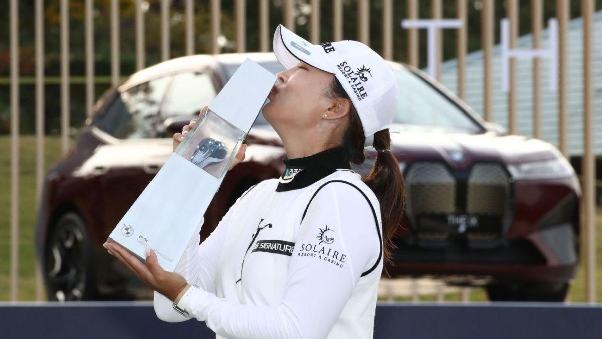 Ko wins LPGA South Korea, set to move to No. 1