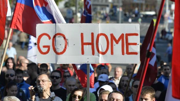 Protesta en Eslovaquia contra los migrantes.