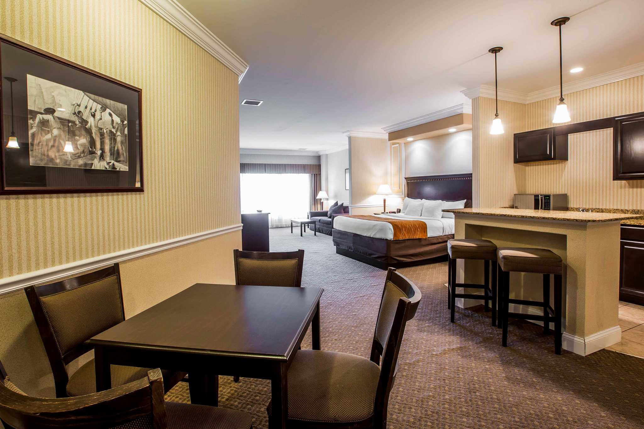 Comfort Inn Amp Suites Plattsburgh New York NY