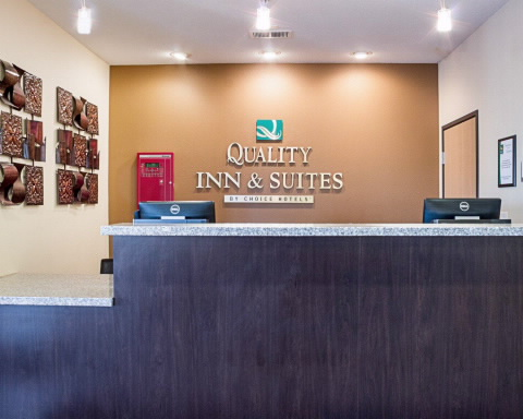 Quality Inn Amp Suites In Minot ND Whitepages