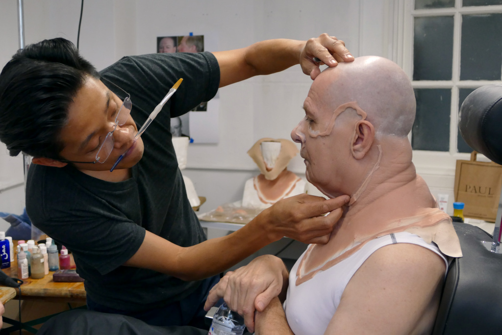 The Frame Audio Watch This Makeup Artist Turn Gary