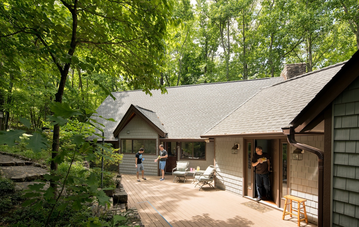 Sweet Virginia Blue Smith Mtn Lake Houses For Rent In
