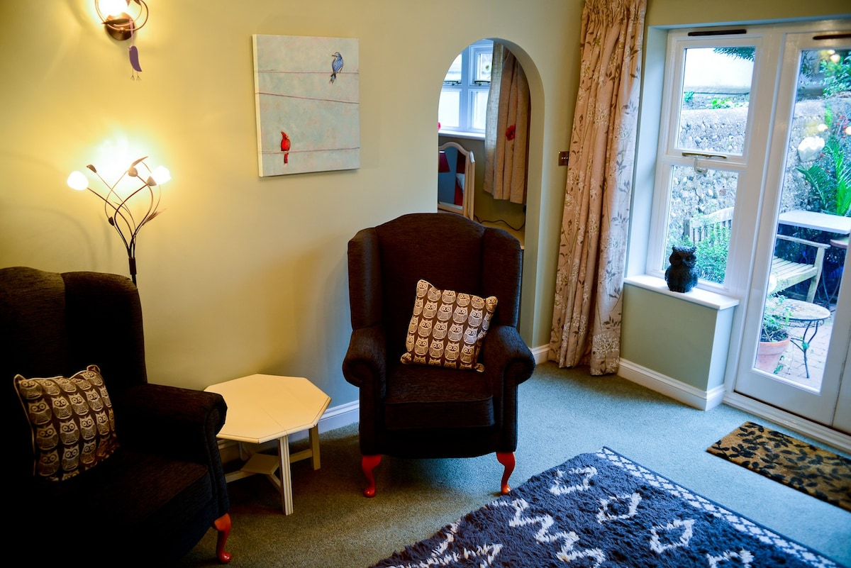 The Annexe Sleeps 2 Dog Friendly Apartments For Rent