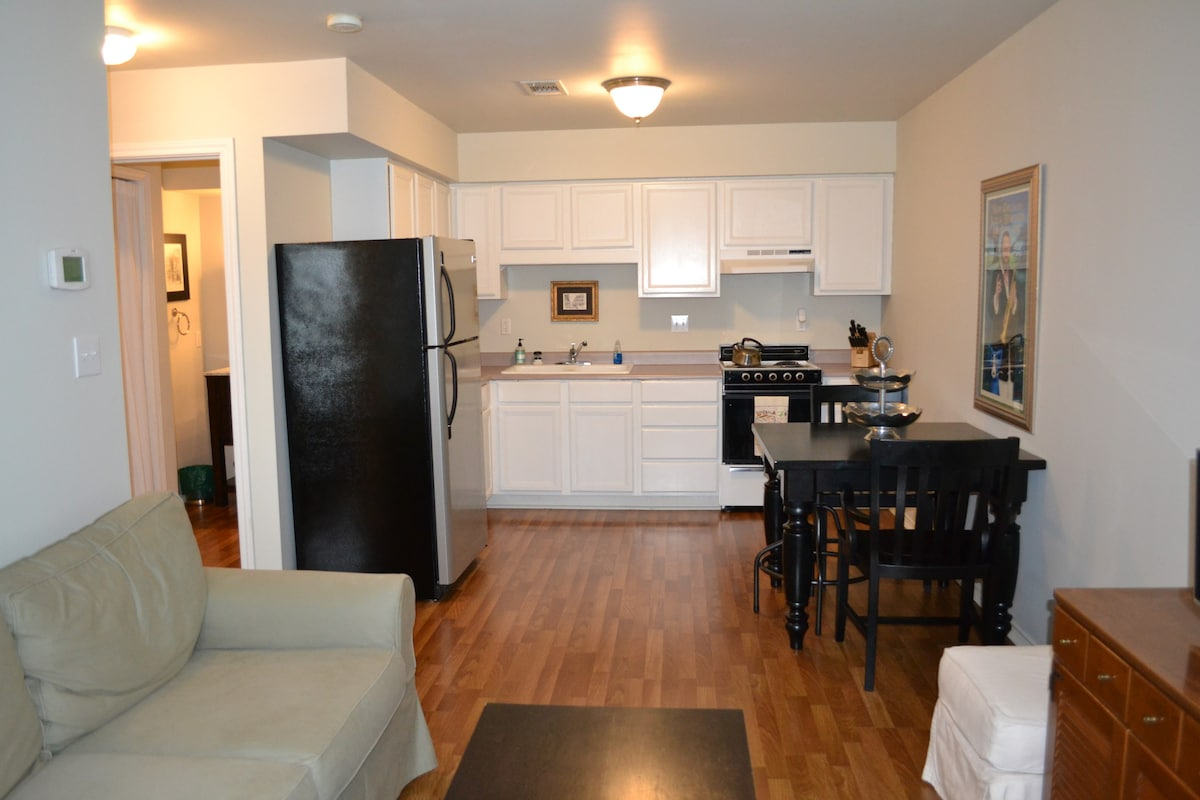 Quaint Garage Apt In Alamo Heights Apartments For Rent