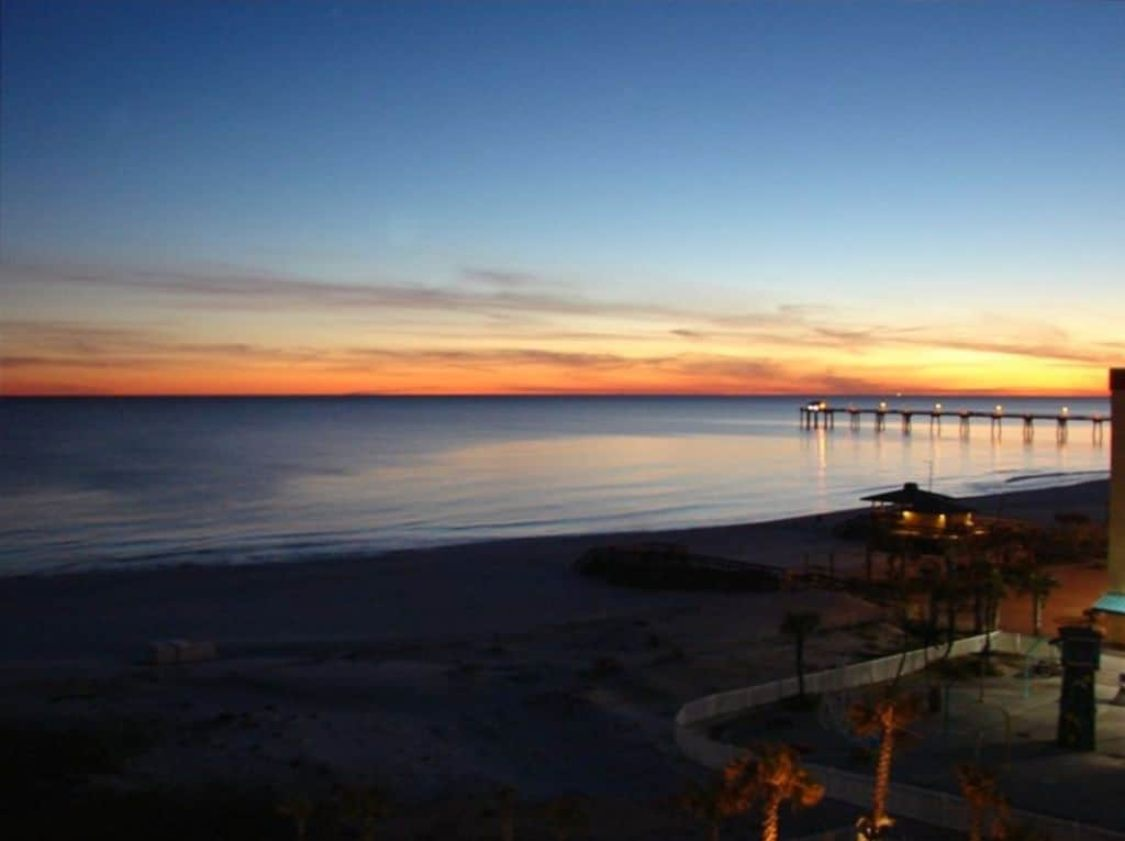 gulf sunset from one of the best Florida Gulf Coast vacation rentals