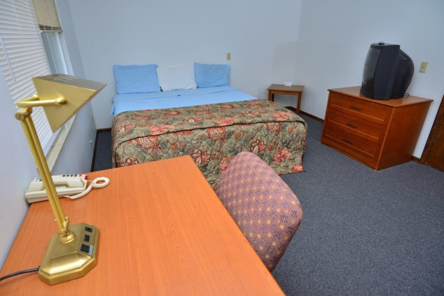 One Bedroom King Bed Extended Stay Apartment Hotels For In Canton Ohio United States