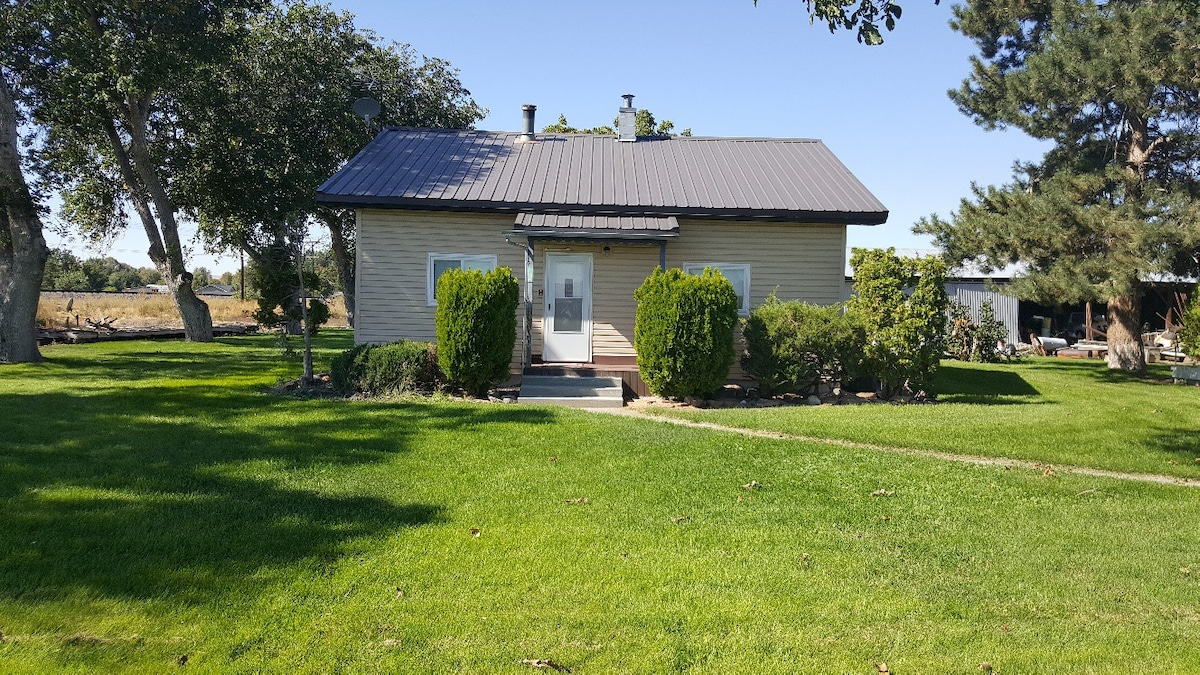 Farmhouse On The Flat Houses For Rent In Weiser Idaho