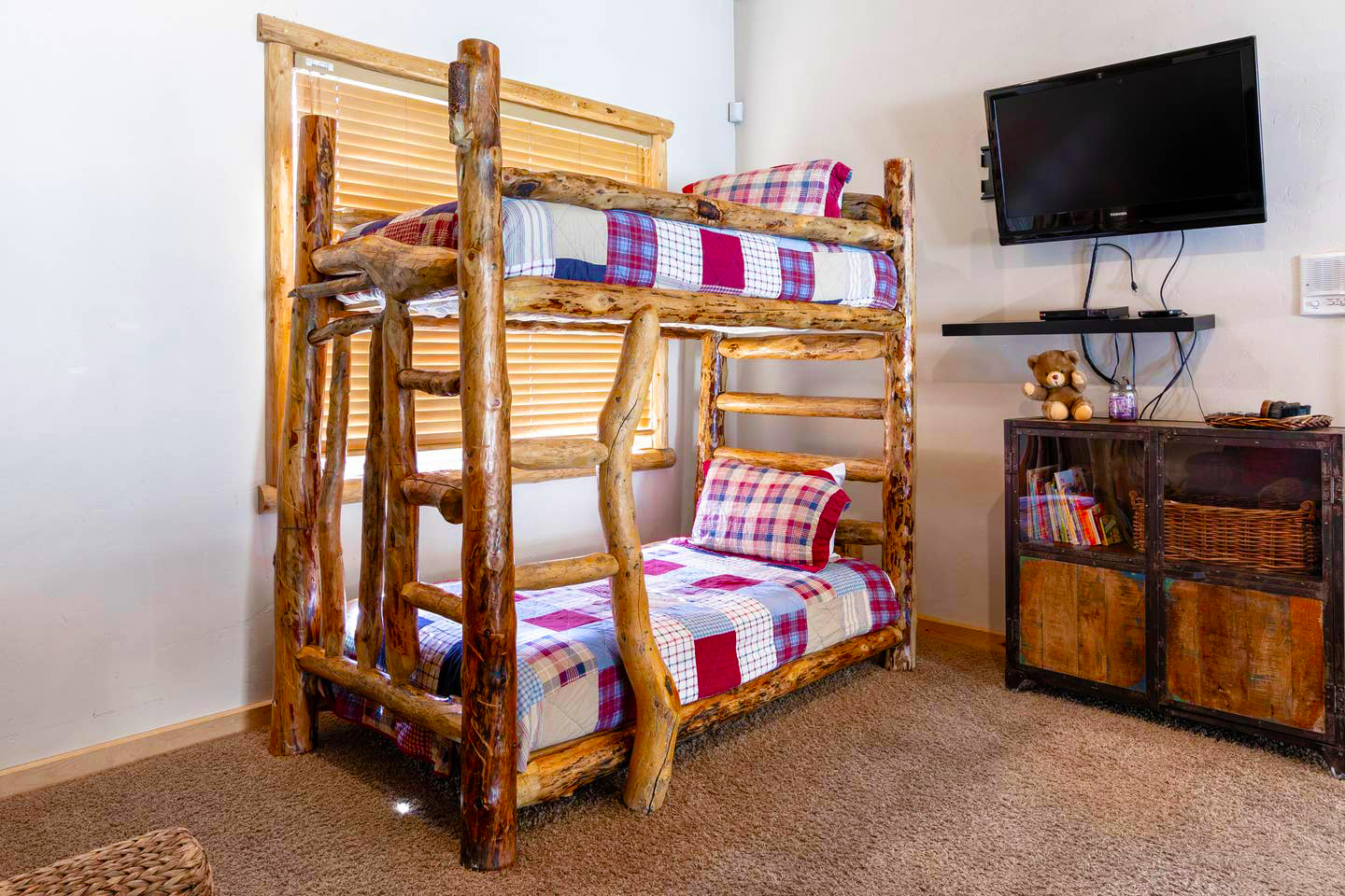 Teddy Bears Cabin Lake Village Cabins For Rent In Big Bear Lake California United States