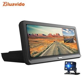 Технологичный видеорегистратор Bluavido Ace 8 в 1