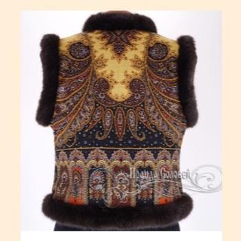 Коллекция меховые павлопосадские жилеты