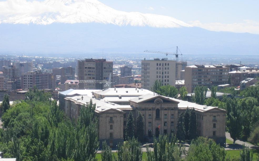Armenian_parliament_building