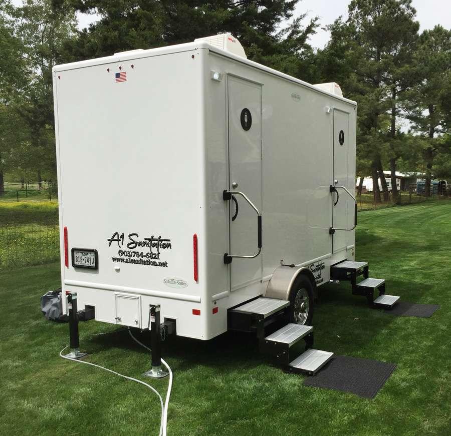 lux-trailer1
