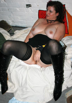 The gorgeous Theresa Ikard at Masturbate-A-Thon 2009. Yummies #OnThatBooty.