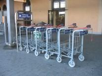 gepäckwagen bahnsteig