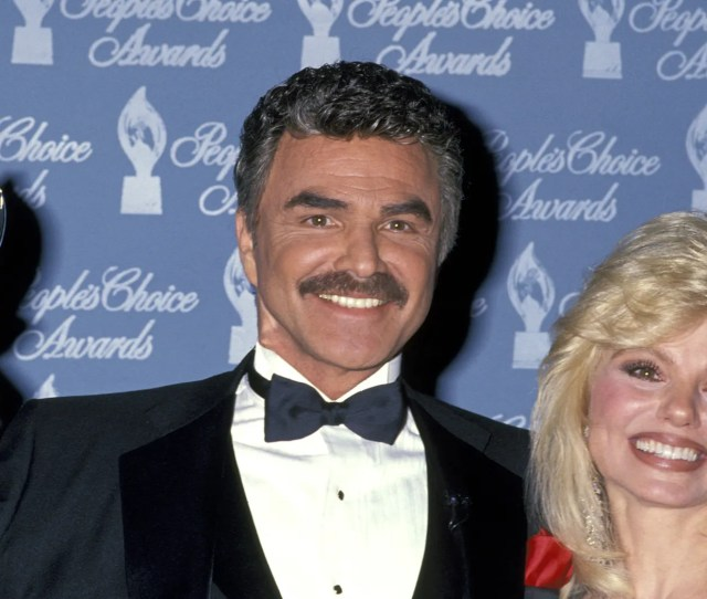 Burt Reynolds And Loni Anderson During 17th Annual Peoples Choice Awards At Paramount Studios In Hollywood
