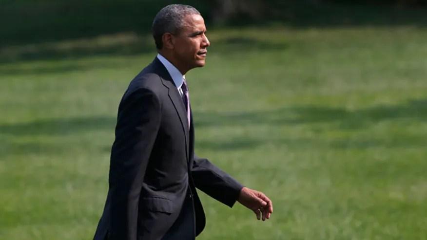 Obama_ South Lawn_AP_660.jpg