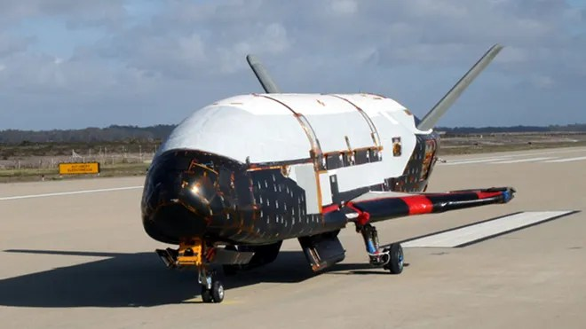 This undated file image provided by the U.S. Air Force shows the X-37B spacecraft. (AP2010)