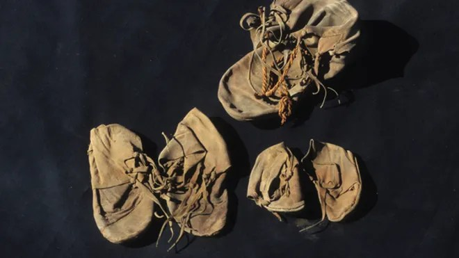 4-Egypt-shoe-discovery