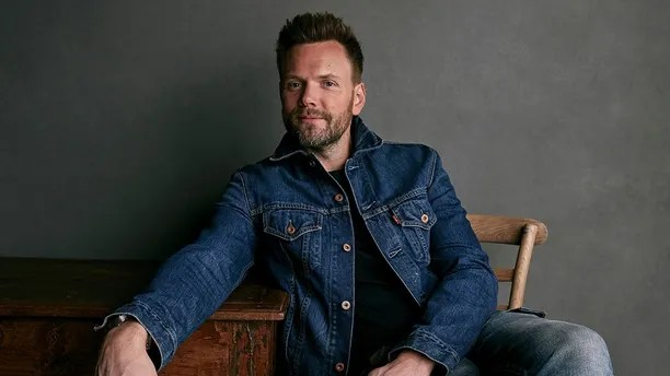 "Joel McHale poses for a portrait to promote the film ""A Futile and Stupid Gesture"" at the Music Lodge during the Sundance Film Festival on Monday, Jan. 22, 2018, in Park City, Utah. (Photo by Taylor Jewell/Invision/AP)"