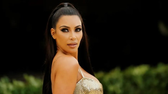 Kim Kardashian was slammed for promoting appetite suppressant lollipops on Instagram and accused of promoting unhealthy eating.