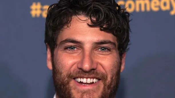 Actor Adam Pally attends the American Comedy Awards in New York April 26, 2014. REUTERS/Eric Thayer (UNITED STATES - Tags: ENTERTAINMENT) - RTR3MRC7